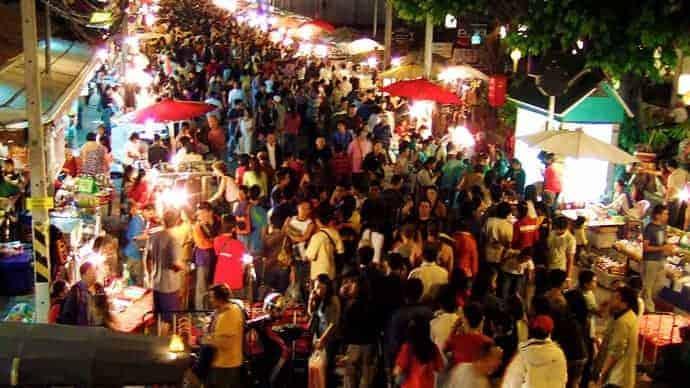 Marché du Dimanche à Chiang Mai