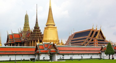Grand Palace and The Emerald Buddha Tour