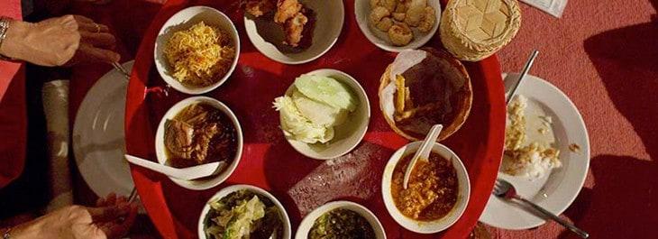 khantoke dinner at old chiang mai cultural center