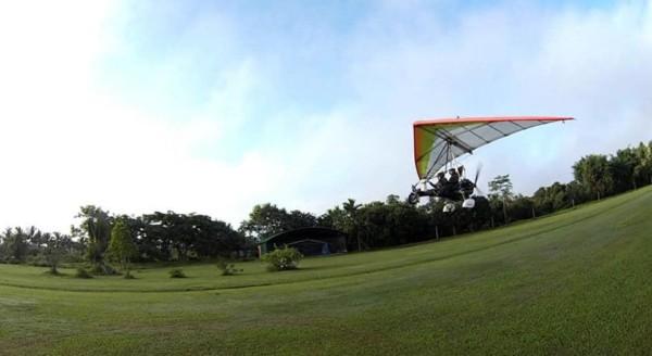 microlight flying in chiang mai