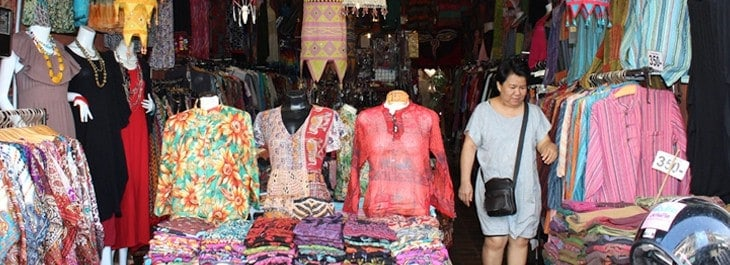 lanna traditional clothing shop at warorot market