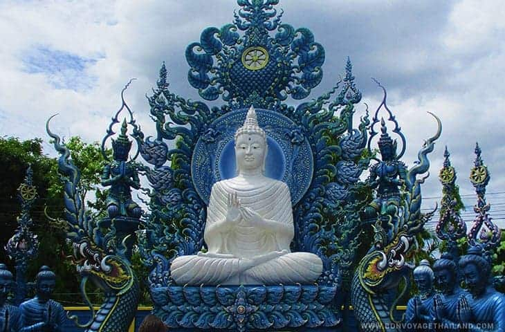 Statue at Blue Temple