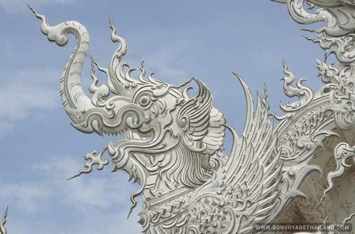 Temple Blanc message religieux ou symbolique