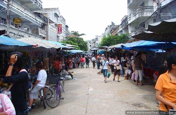 Mae Sai Market in Myanmar